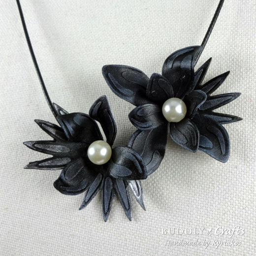 worlba_flowers_necklacecvr